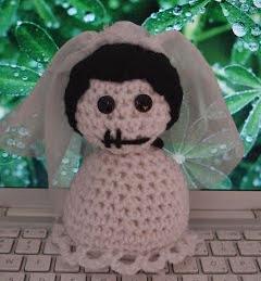 http://jkwdesigns.com/2008/02/26/amigurumi-corpse-bride-pattern/
