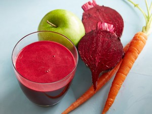 MIRACLE DRINK CARROT BEET ROOT AND APPLE TO CURE LUNG CANCER ~ Mzizi