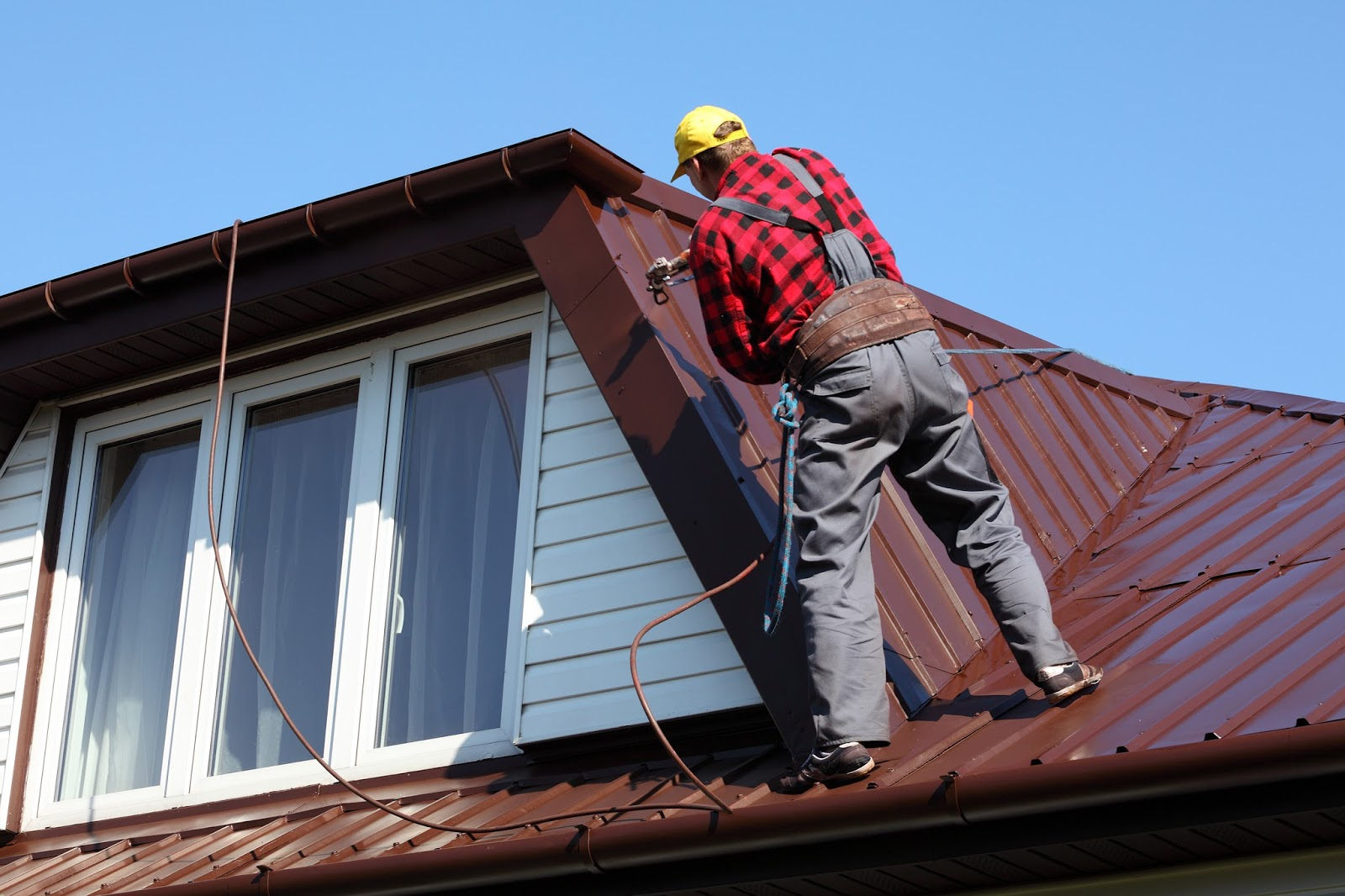The saying  better safe than sorry  rings very true when it comes to roofing repairs. & Southeastern Premier Roofing | Southeastern Premier Roofing memphite.com
