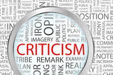 Kritik: Nutrisi Demokrasi