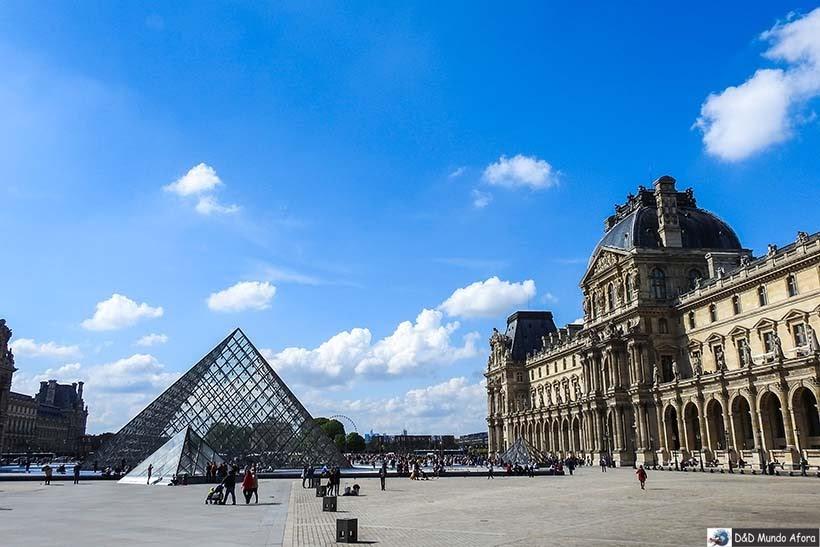 Pirâmide do Louvre - O que fazer em Paris: principais pontos turísticos
