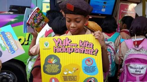 Seribu Anak SD di Jakarta Timur Jalani Pemeriksaan Kesehatan Dasar, Mantab!