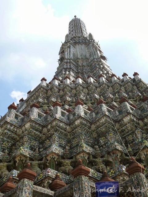 The major prang of Wat Arun
