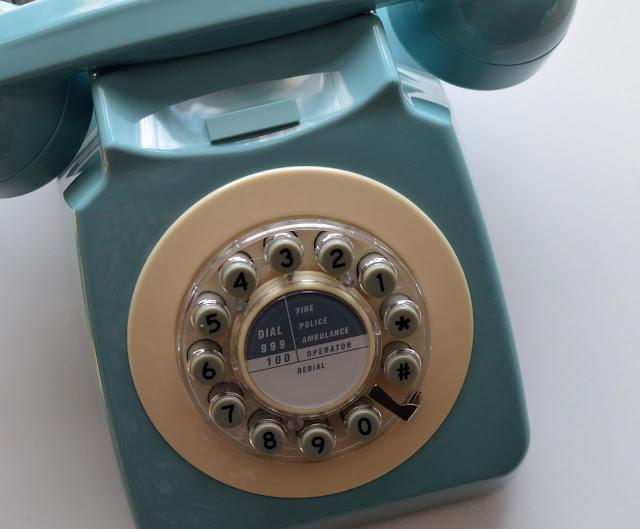 turquoise retro phone