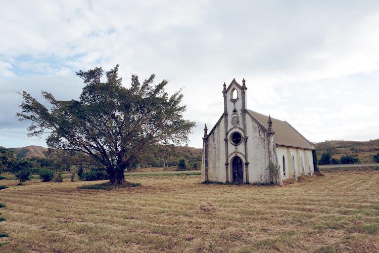 Zapiski z Nowej Kaledonii - większa połowa