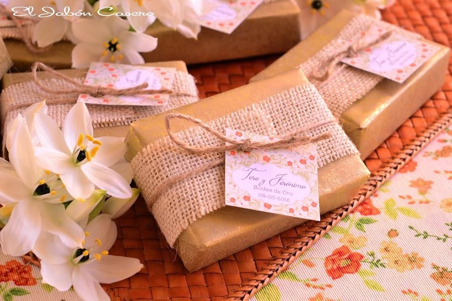 Detalles para bodas de oro jabones artesanales personalizados