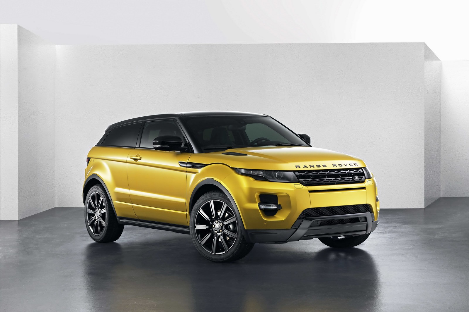 Land Rover Kills Three-Door Range Rover Evoque In U.S