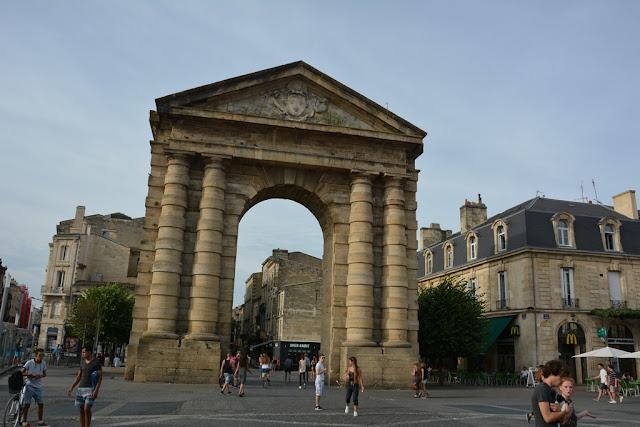 Bordeaux gate