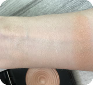 makeup revolution radiance palette highlighter swatch