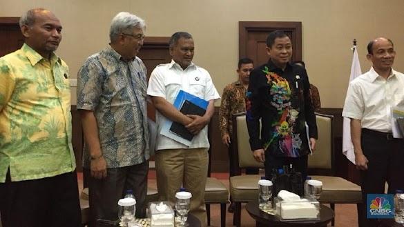 Selamatkan Rupiah, Jokowi Korbankan 15.200 MW Proyek Listrik