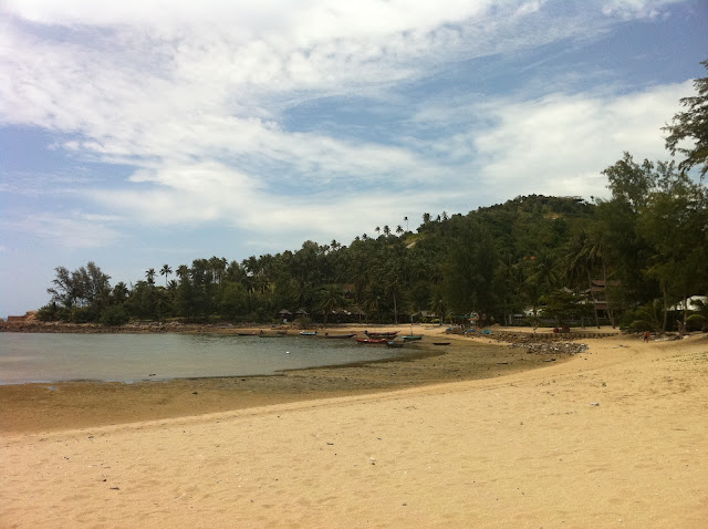 En Koh Ma se disfruta de la playa en temporada de marea alta