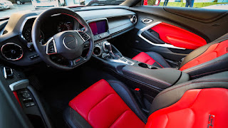 2019 Chevrolet Camaro SS interior