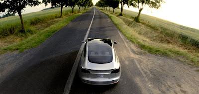 Prossimamente Suv e pick-up Tesla