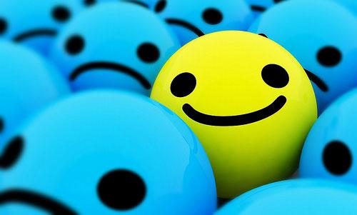 hadapi dengan senyuman