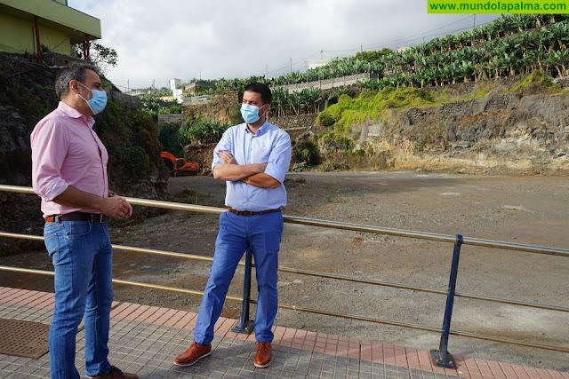 El Ayuntamiento de San Andrés y Sauces crea plazas de aparcamientos en la zona turística de Puerto Espíndola y Charco Azul