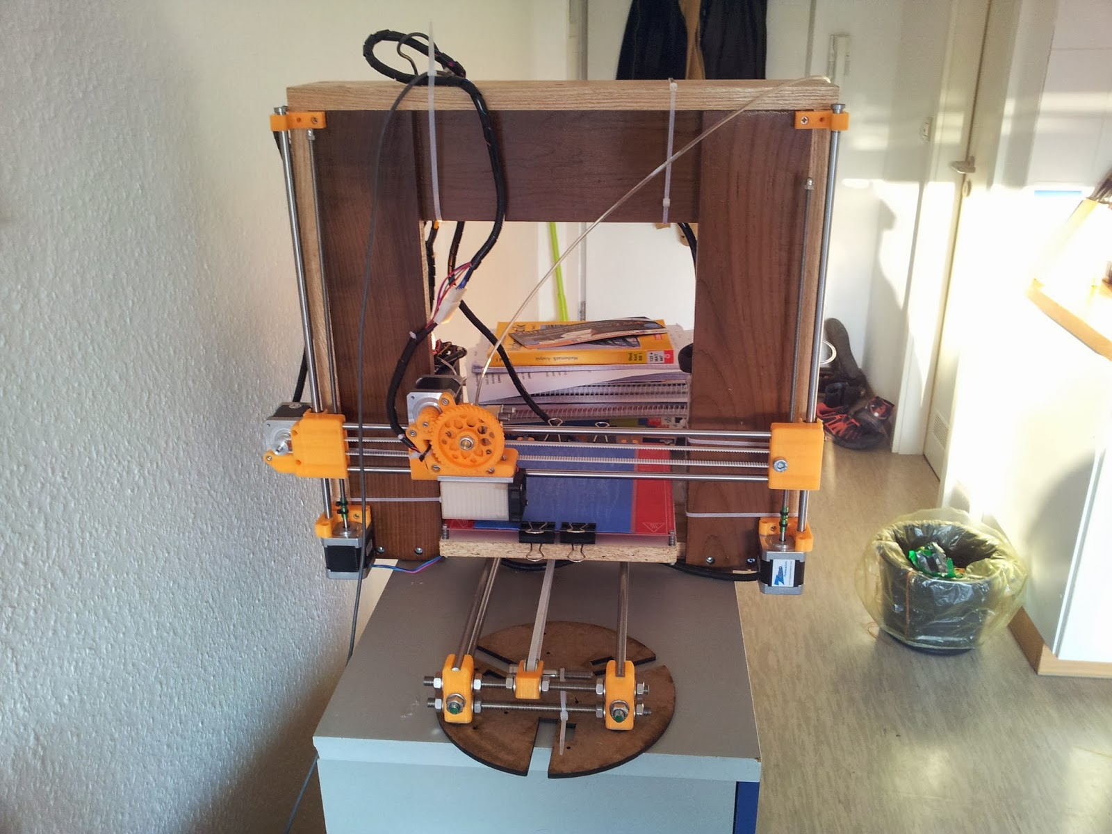 Diy 3d printing diy 3d printers made from wood for Made with 3d printer