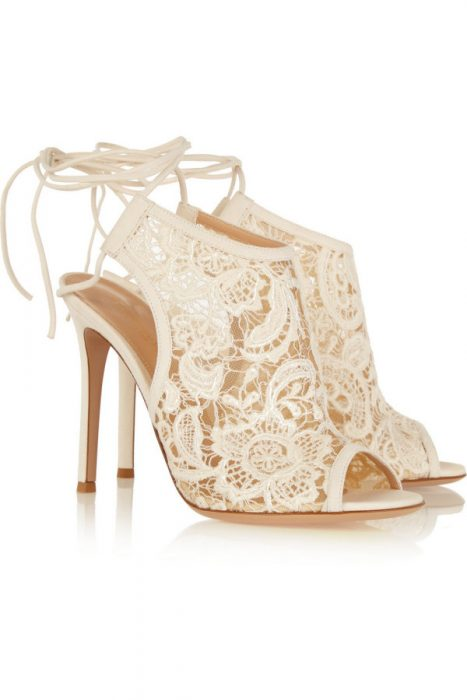 zapatos de novia con encaje