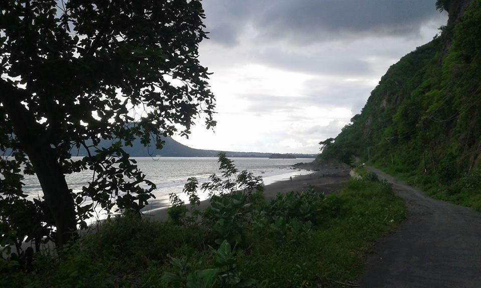 Pantai Tangga Alam Pilihan Alternatif Warga Ende Untuk