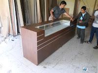 Meja Kasir Plus Etalase Roti - Furniture Semarang