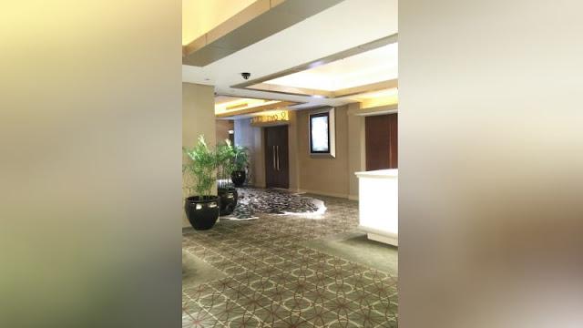 Hujan lebat di Jakarta mengakibatkan Bioskop Planet Hollywood Tergenang Air Berita Terhangat Atap Jebol Akibat Hujan Lebat, Bioskop Planet Hollywood Tergenang Air