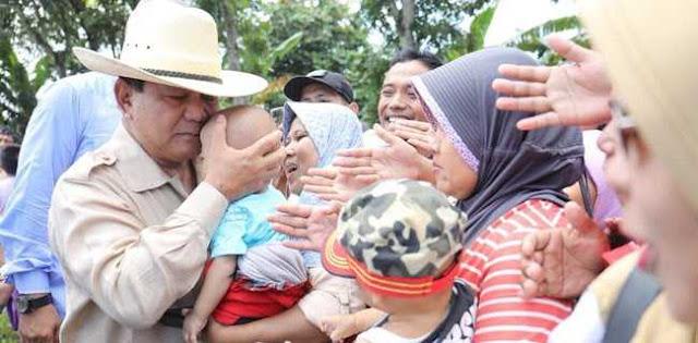 Dilarang Jumatan dan ke Kebun Binatang, Ya Udah Pak Prabowo ke Istana Saja
