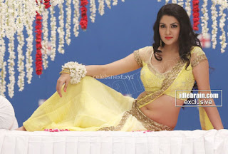 Sakshi Chodary in Yellow Transparent Sareei Choli Spicy Pics 01 .xyz.jpg