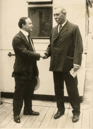 Harry Houdini and Arthur Conan Doyle, creator of Sherlock Holmes in real life