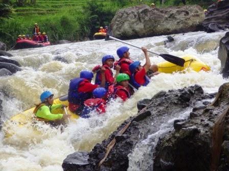 Paket Rafting Bogor