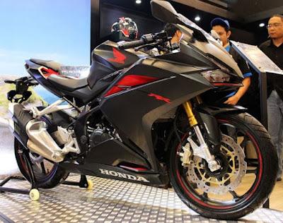 Spesifikasi dan Harga Honda CBR 250 RR 2017