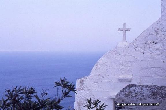 Patmos, chiesetta sul mare