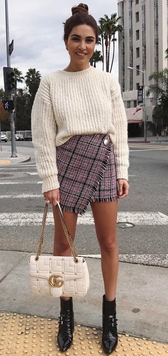 trendy outfit: knit + bag + skirt