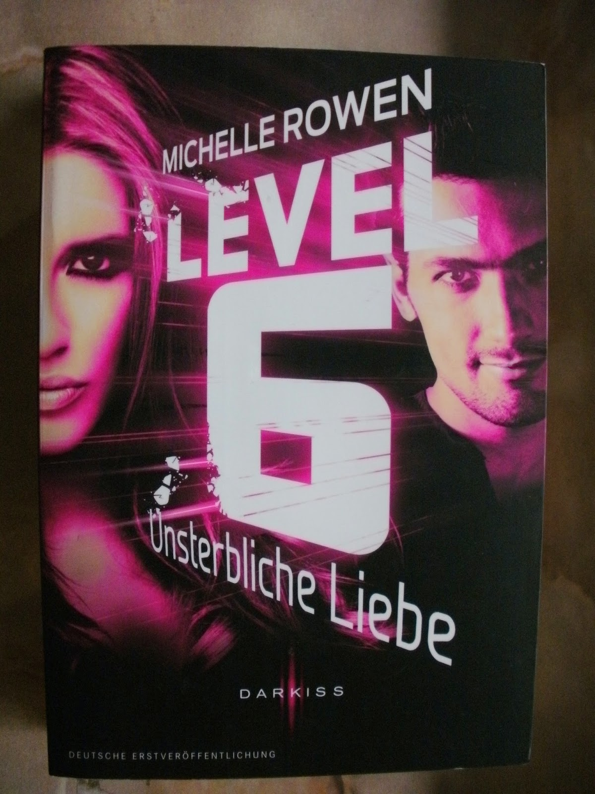 http://www.amazon.de/Level-Unsterbliche-Liebe-Michelle-Rowen/dp/3862788784/ref=sr_1_1?ie=UTF8&qid=1429120991&sr=8-1&keywords=level+6