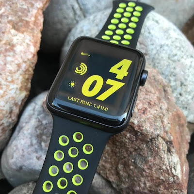 apple watch nike plus nike plus run club app iOS 3 heart rate monitor running watch activity monitor pedometer waterproof water resistant wearable tech wearables product review