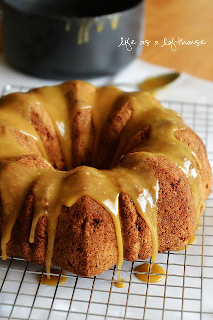 Caramel Apple Pound Cake is a warm apple cake drenched in buttery, gooey caramel sauce. Life-in-the-Lofthouse.com