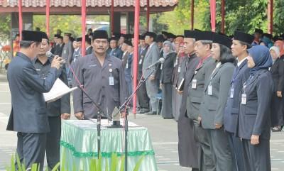 Bupati Kebumen Lantik 897 Pejabat Struktural