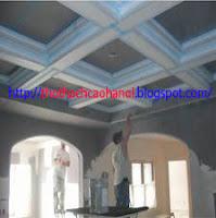 Thợ thi công làm trần thạch cao tại hà nội