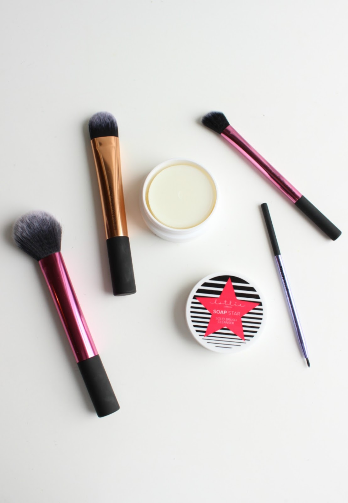 What is Your Favourite Make-Up Brush Ever