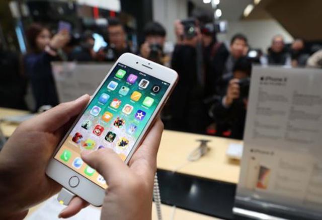 korea-iphone-retailers-threaten