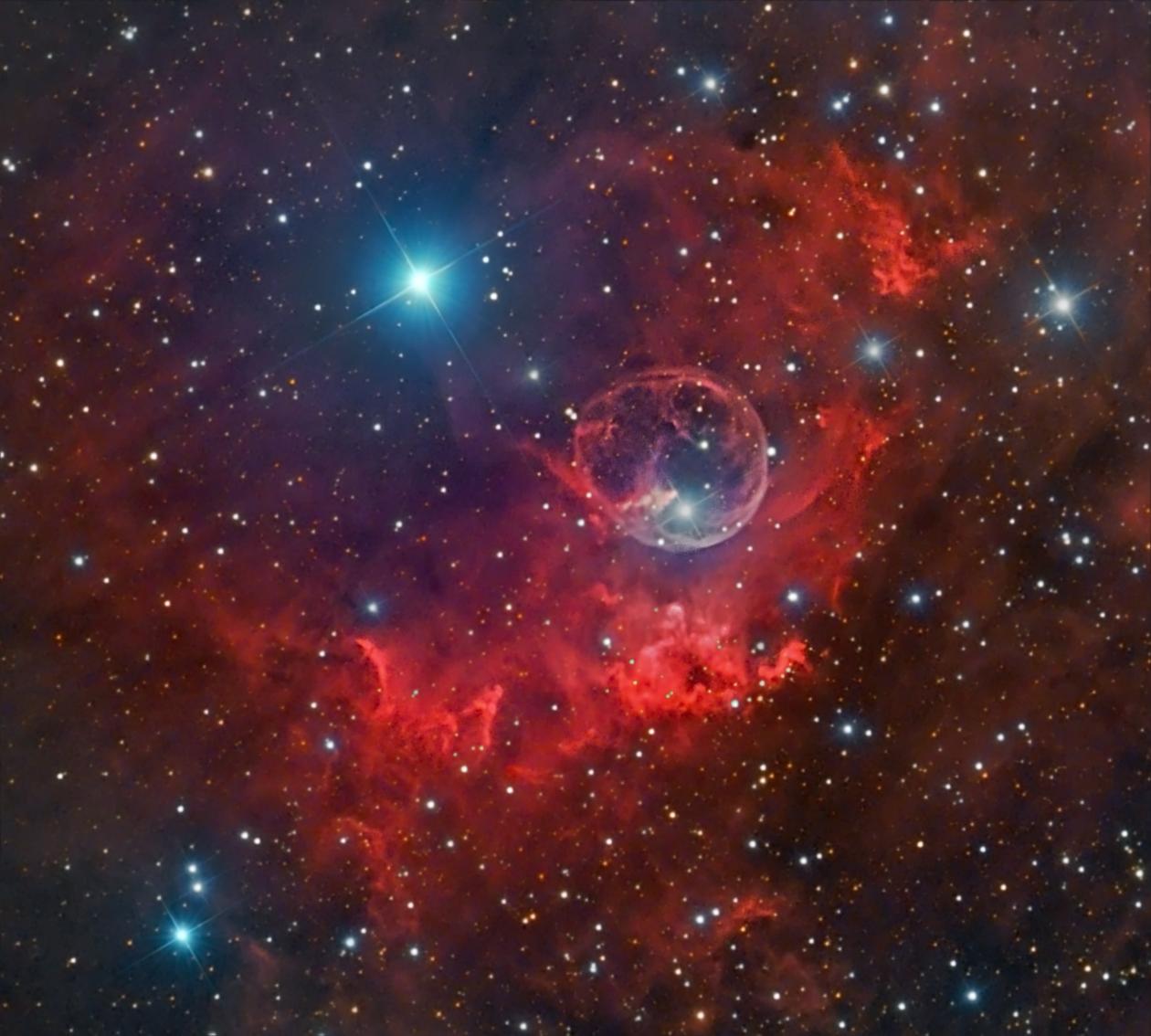Suburban spaceman: Astronomer photographer Image: Bubble ...