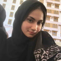 Foto Terbaru Raisya Bawazier beserta biodata lengkap