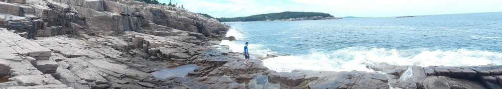 Sur les falaises à Acadia National Park