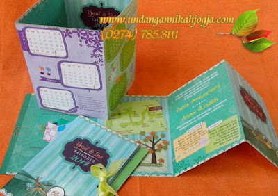 Undangan kalender soft cover lipat 4 model kotak pensil