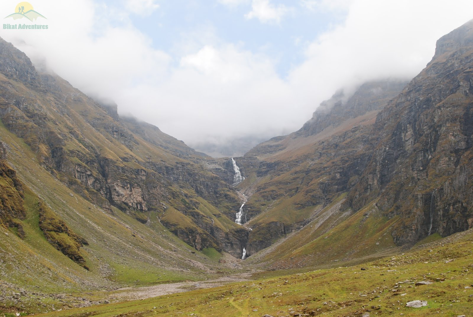 Waterfall seen during Rupin Pass Trek