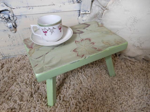 mint green stool