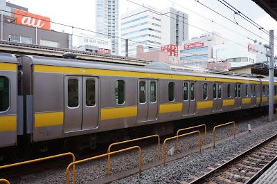 JR東日本E231系の6扉車