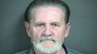 70 years old man robs bank and choose to go to jail to escape living with his wife