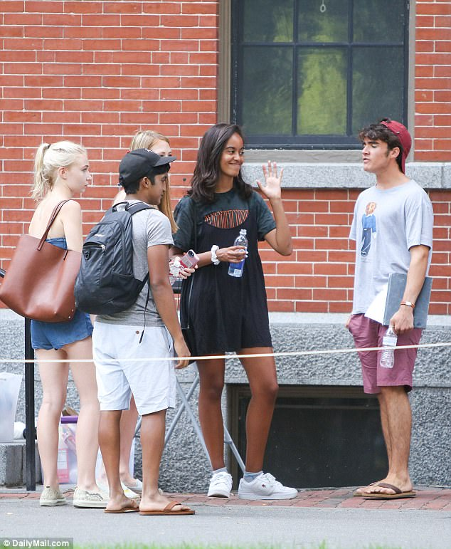 Barack And Michelle Obama Send Off Malia To Harvard In An