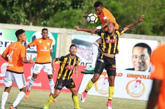 Universidad O&M y Cibao FC buscan este sábado alargar invicto en LDF