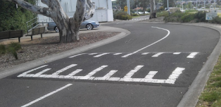 Pembatasan Kecepatan Road Hump