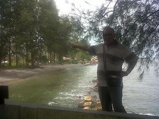 Abrasi, Perkantoran Aceh Singkil dan Rumah Penduduk Terancam Amblas
